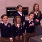 Todos en la cocina, canción que cantan Silvia Navarro y los niños en Mi corazón es tuyo