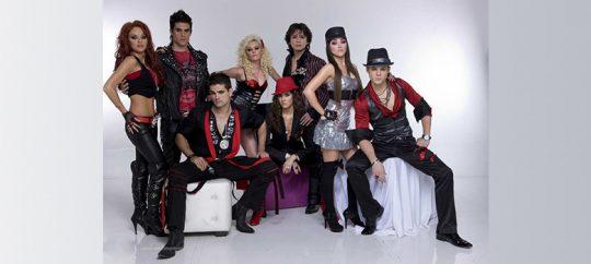 El grupo musical de la telenovela Camaleones