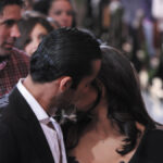 el beso de mariano y aurora en la telenovela teresa