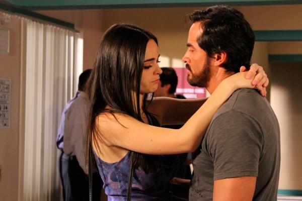 Jorge Gallegos y Fabiola Guajardo – Uno en vez de dos (Tema de amor de Isela y Orlando)