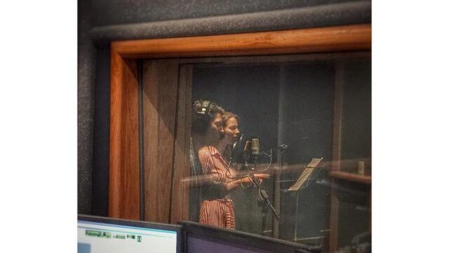 Irina Baeva canta en la telenovela Me declaro culpable