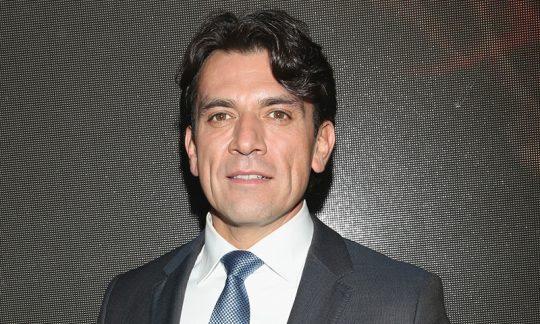 Jorge Salinas podría estar en la telenovela Dos hogares
