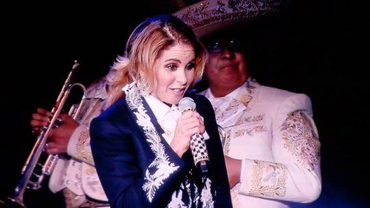 Lucero en Fiesta Mexicana, un grito de alegría… Rumbo al bicentenario