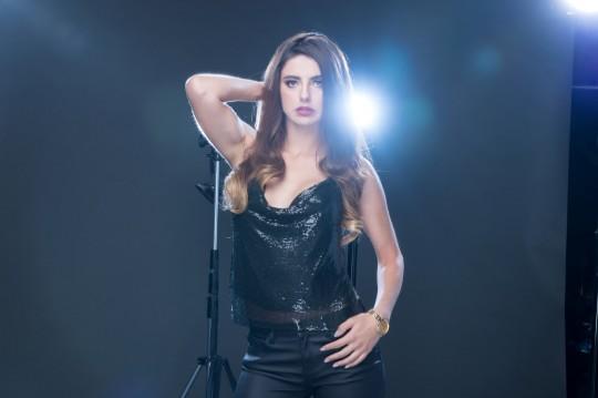 """Univision estrena """"La Reina Soy Yo"""", una historia de amor, venganza y música urbana"""