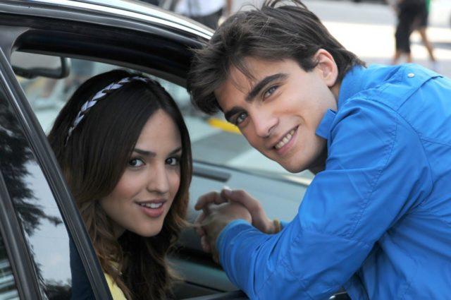 Primera imagen de Eiza y Santiago Ramundo para la telenovela Sueña conmigo