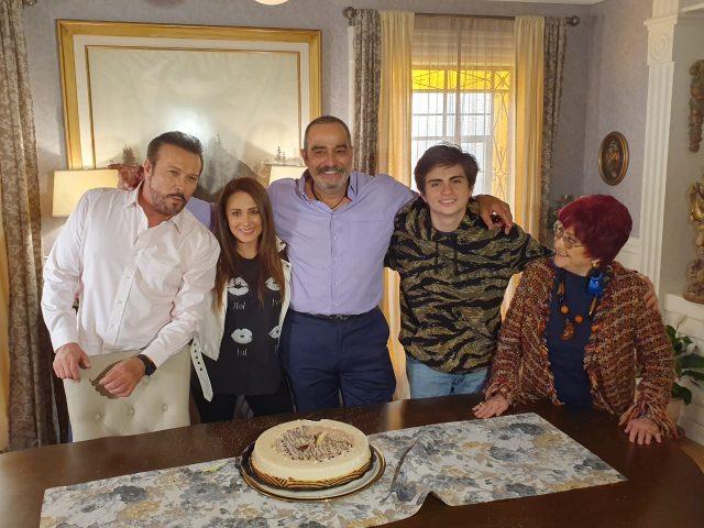 La producción de Cita a Ciegas festejó el cumpleaños de Omar Fierro